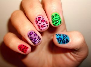 imagenes de como pintar uñas