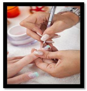 como pintar uñas con pincel paso a paso