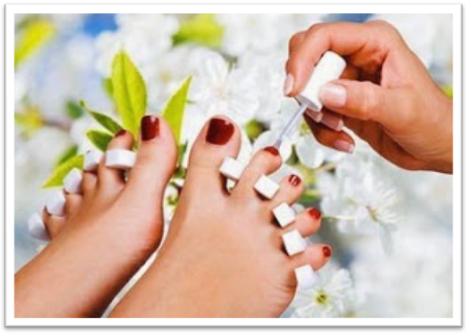 pintar uñas con hongo